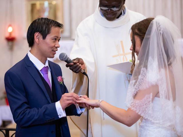Le mariage de Hoa et Elodie à Mirabeau, Vaucluse 34
