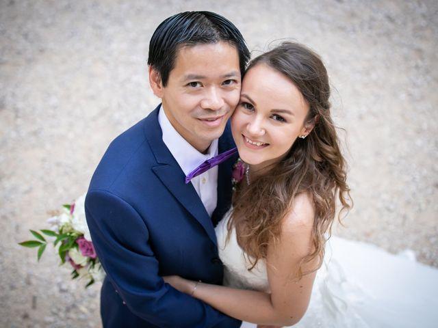 Le mariage de Hoa et Elodie à Mirabeau, Vaucluse 43