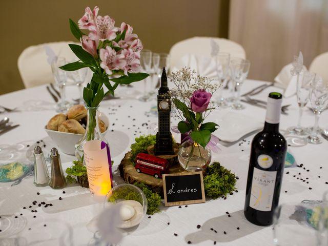 Le mariage de Hoa et Elodie à Mirabeau, Vaucluse 56