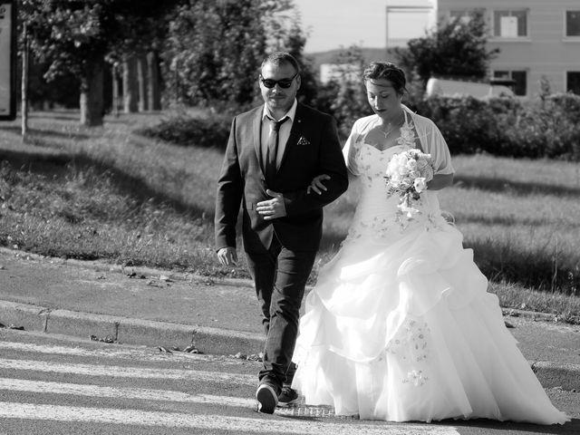 Le mariage de Franck et Emilie à Saint-Pierre-la-Garenne, Eure 1