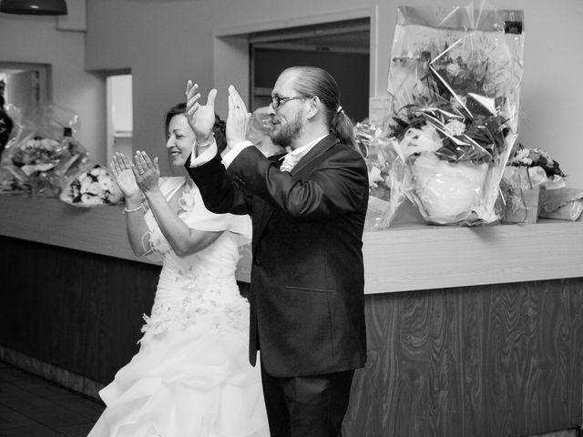 Le mariage de Franck et Emilie à Saint-Pierre-la-Garenne, Eure 24