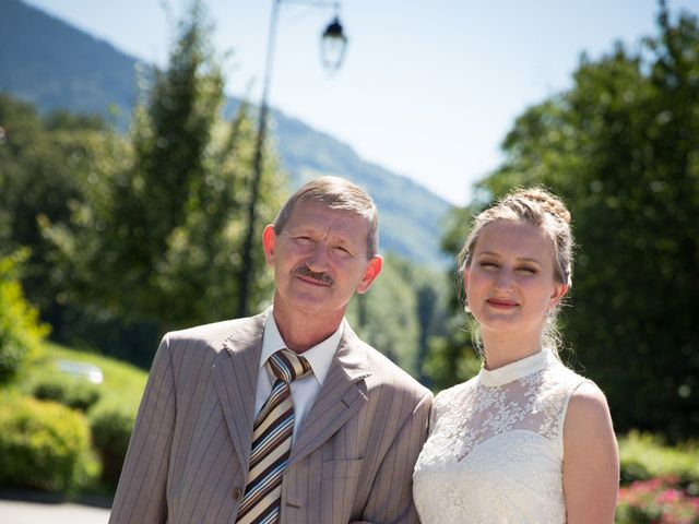 Le mariage de Nicolas et Yulia à Arvillard, Savoie 4