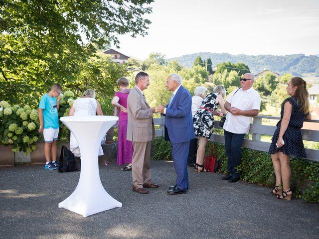 Le mariage de Nicolas et Yulia à Arvillard, Savoie 18