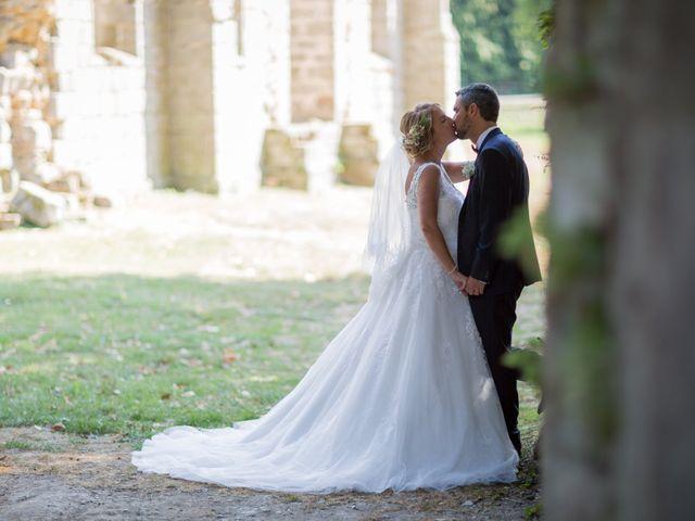 Le mariage de Marouan et Céline à Bussy-Saint-Georges, Seine-et-Marne 10