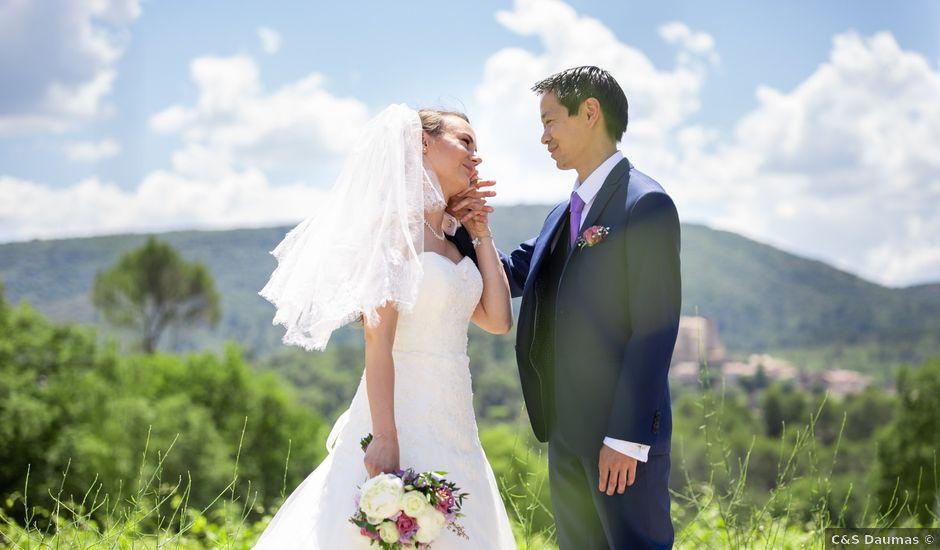 Le mariage de Hoa et Elodie à Mirabeau, Vaucluse