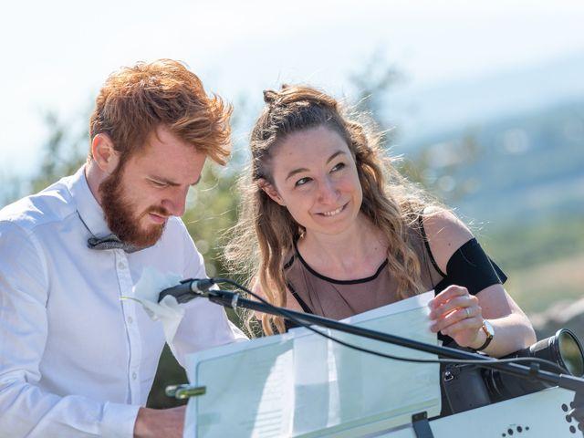 Le mariage de Fabien et Elsa à Grignan, Drôme 9