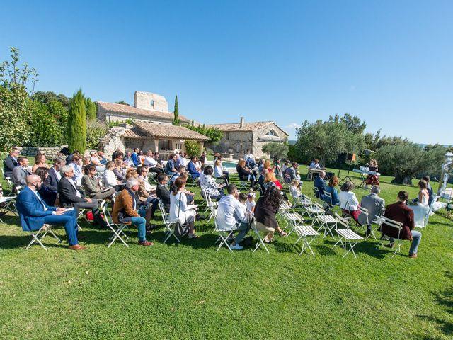 Le mariage de Fabien et Elsa à Grignan, Drôme 10