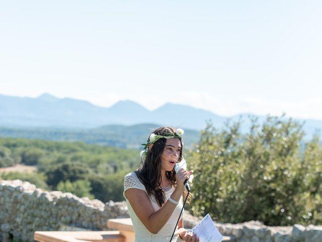 Le mariage de Fabien et Elsa à Grignan, Drôme 13