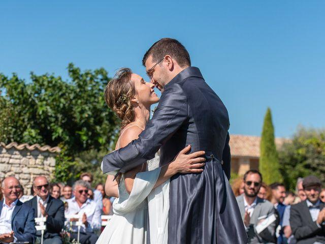 Le mariage de Fabien et Elsa à Grignan, Drôme 15