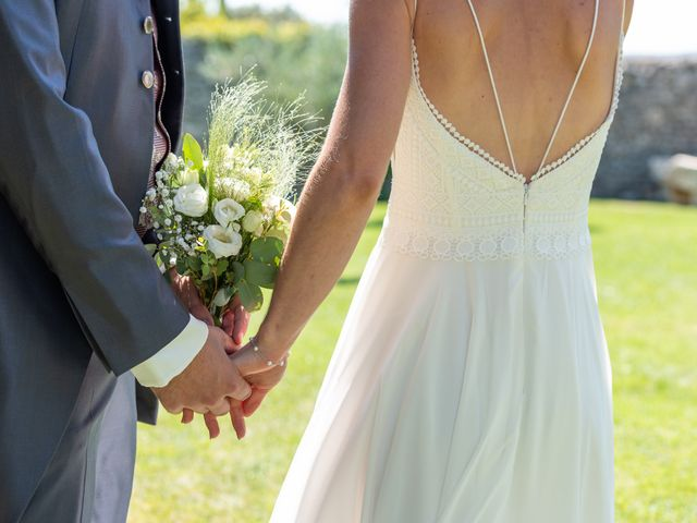 Le mariage de Fabien et Elsa à Grignan, Drôme 22