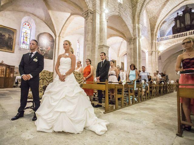 Le mariage de Thomas et Audrey à Saint-Gilles, Gard 11