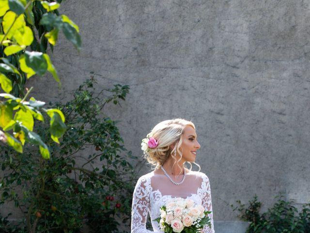 Le mariage de Julien et Lauren à Fourges, Eure 5