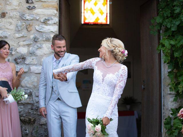 Le mariage de Julien et Lauren à Fourges, Eure 11
