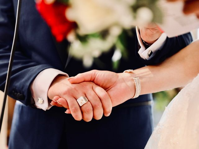 Le mariage de Maxime et Alexandra à Dieppe, Seine-Maritime 29