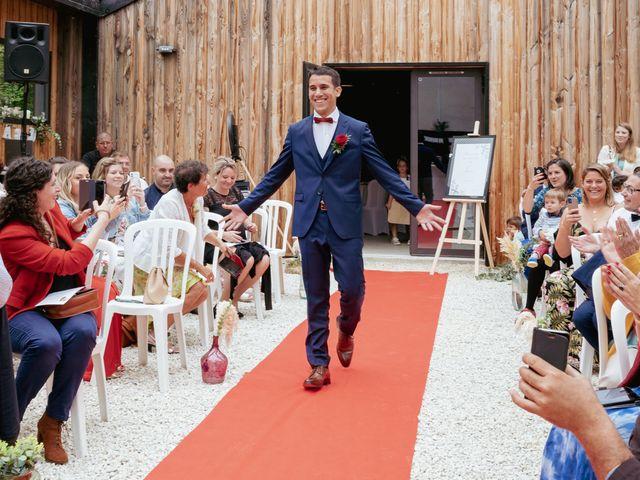 Le mariage de Damien et Aurore à Vendeuvre-du-Poitou, Vienne 27