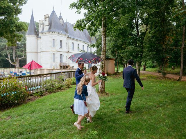 Le mariage de Damien et Aurore à Vendeuvre-du-Poitou, Vienne 34