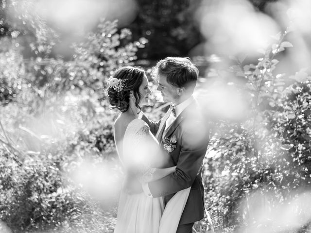 Le mariage de Thibault et Nolwenn à Sens, Yonne 27