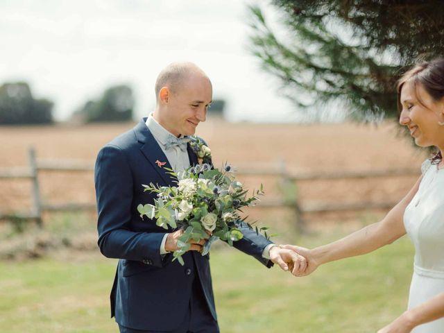 Le mariage de Vincent et Coline à Aunou-sur-Orne, Orne 20