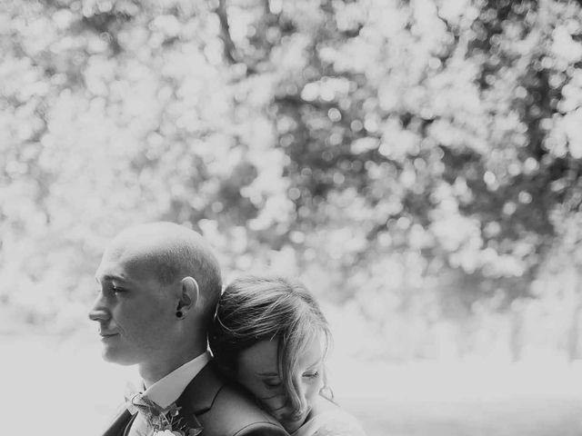 Le mariage de Vincent et Coline à Aunou-sur-Orne, Orne 23