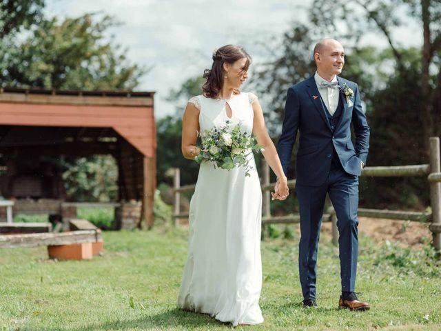 Le mariage de Vincent et Coline à Aunou-sur-Orne, Orne 38