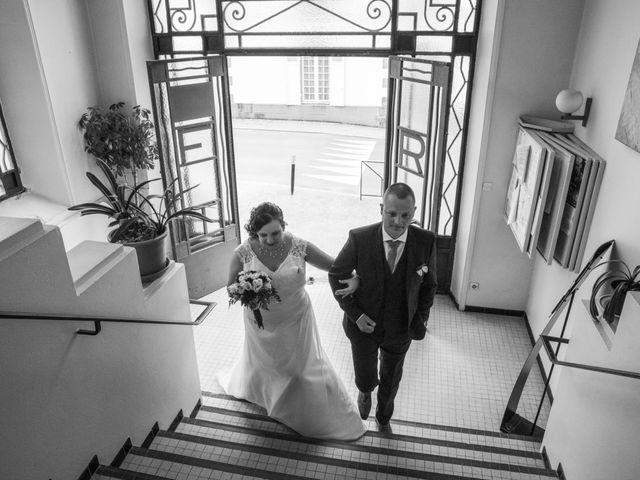 Le mariage de Anthony et Amandine à Tinténiac, Ille et Vilaine 18