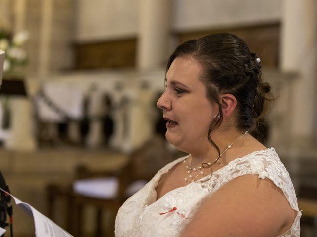 Le mariage de Anthony et Amandine à Tinténiac, Ille et Vilaine 23