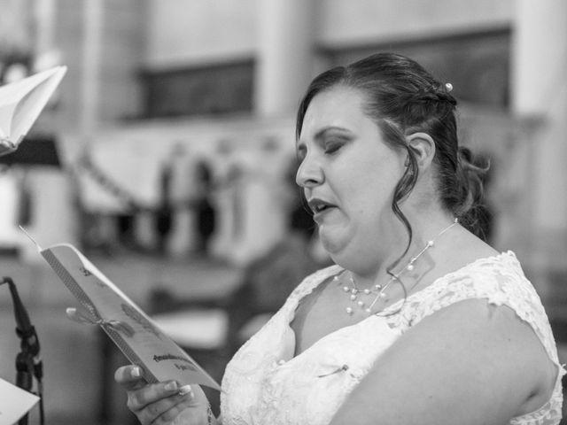 Le mariage de Anthony et Amandine à Tinténiac, Ille et Vilaine 24