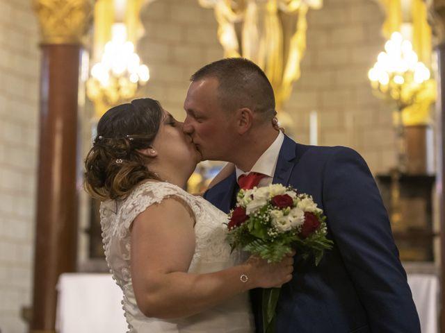 Le mariage de Anthony et Amandine à Tinténiac, Ille et Vilaine 26