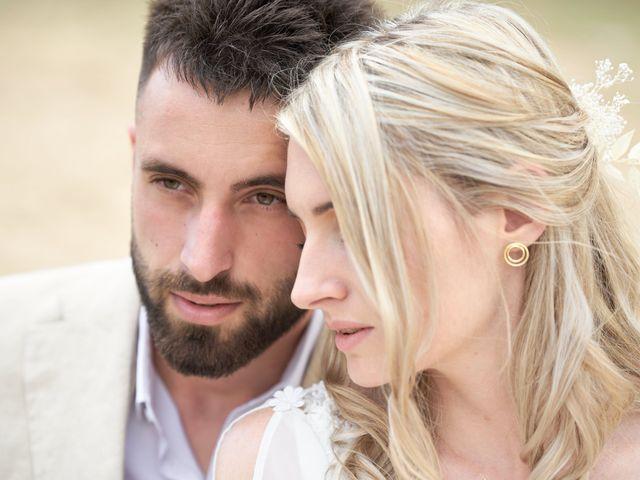 Le mariage de Romain et Camille à Cublize, Rhône 35
