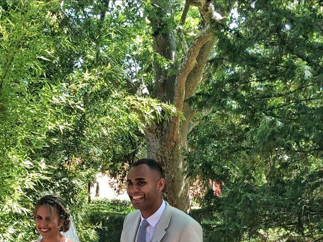 Le mariage de Julie  et Loïc  à Taradeau, Var 2