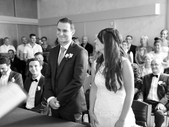 Le mariage de Valentin et Amélie à Massieux, Ain 21