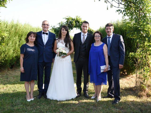 Le mariage de Valentin et Amélie à Massieux, Ain 32