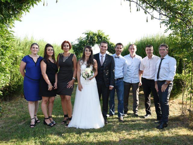 Le mariage de Valentin et Amélie à Massieux, Ain 33