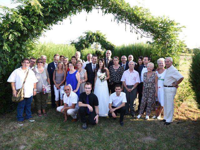 Le mariage de Valentin et Amélie à Massieux, Ain 36