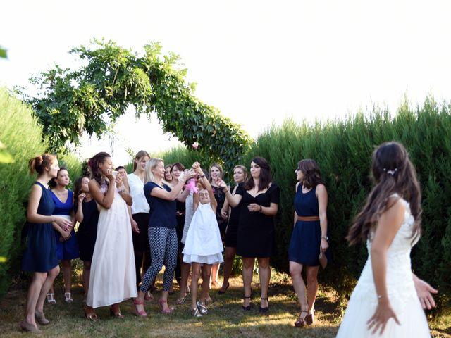 Le mariage de Valentin et Amélie à Massieux, Ain 39