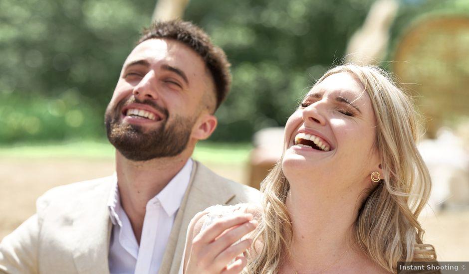 Le mariage de Romain et Camille à Cublize, Rhône