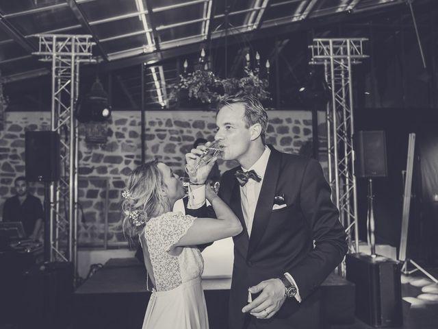Le mariage de Nicolas et Sophie à Saint-Laurent-de-Chamousset, Rhône 33