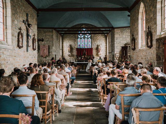 Le mariage de Nicolas et Sabrina à Plouégat-Moysan, Finistère 14