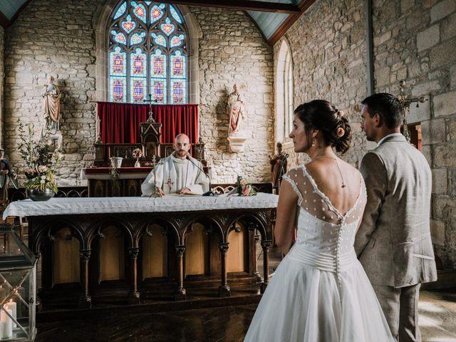 Le mariage de Nicolas et Sabrina à Plouégat-Moysan, Finistère 30