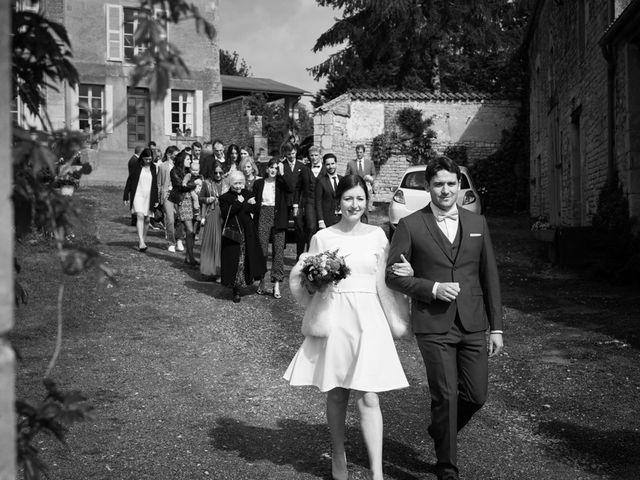 Le mariage de Romain et Elise à Xanton-Chassenon, Vendée 13