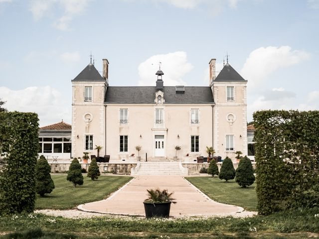 Le mariage de Romain et Elise à Xanton-Chassenon, Vendée 32