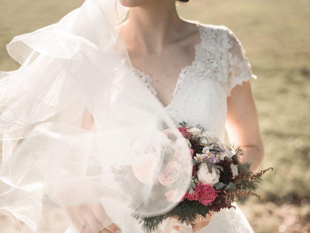 Le mariage de Romain et Elise à Xanton-Chassenon, Vendée 44