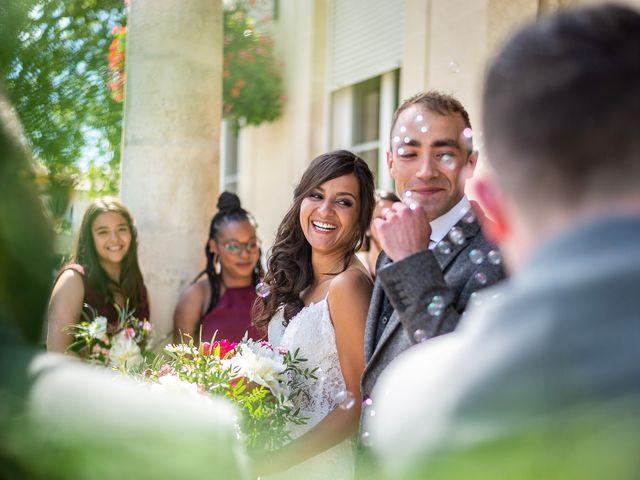 Le mariage de Rémi et Saadia à Saint-Gervais, Gironde 32