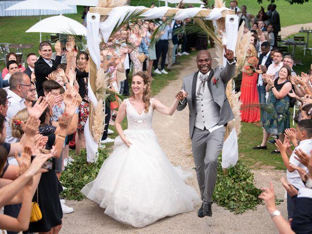 Le mariage de Ousmane et Elodie à Le Monastère, Aveyron 28