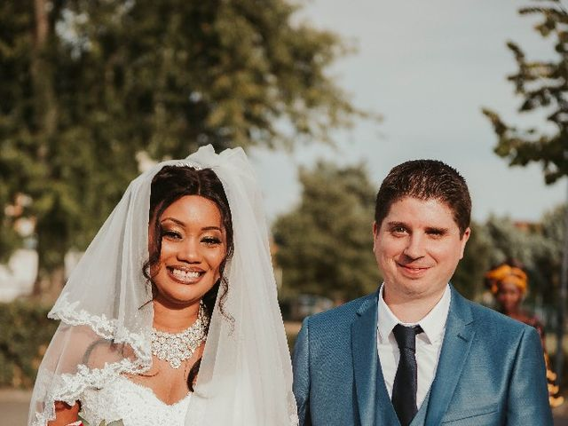 Le mariage de Laurent  et Aminata  à Toulouse, Haute-Garonne 1