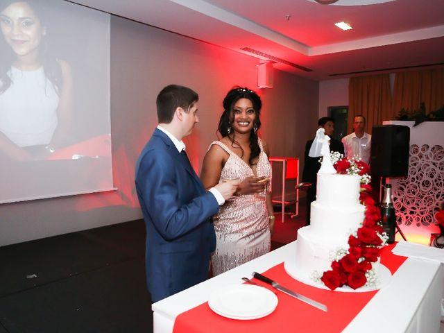 Le mariage de Laurent  et Aminata  à Toulouse, Haute-Garonne 11
