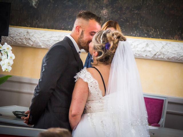 Le mariage de Jérôme  et Anaïs à Roanne, Loire 22