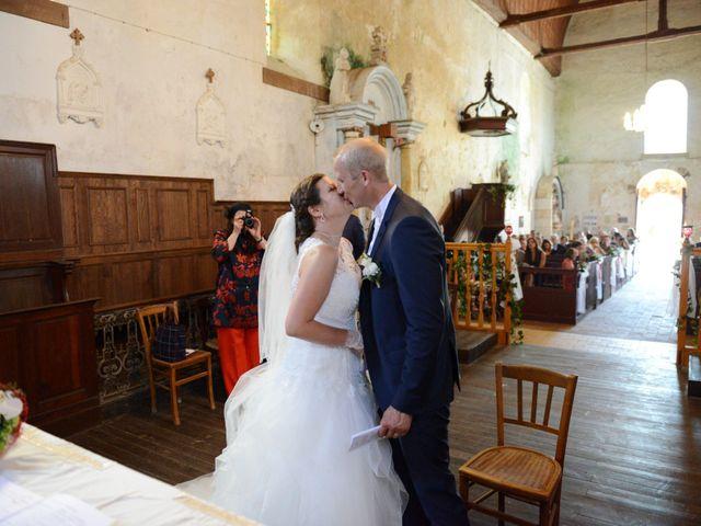 Le mariage de Yoann et Laura à Saint-Denis-d'Authou, Eure-et-Loir 8