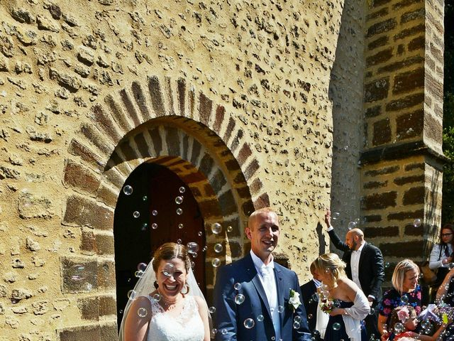 Le mariage de Yoann et Laura à Saint-Denis-d'Authou, Eure-et-Loir 15