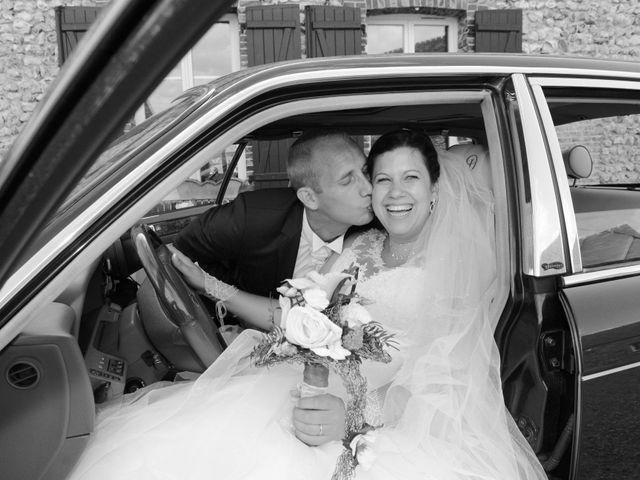 Le mariage de Yoann et Laura à Saint-Denis-d'Authou, Eure-et-Loir 14